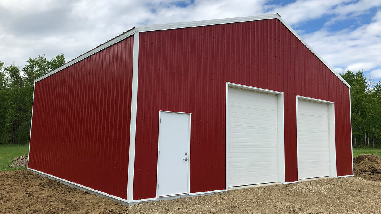 custom-building-garage-red-fallis-alberta