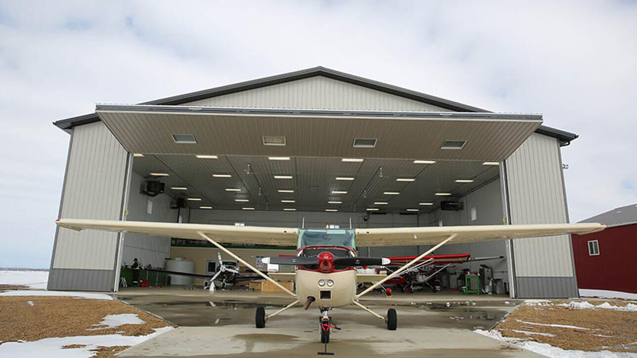 custom-building0-airplane-hangar-exterior-central-alberta
