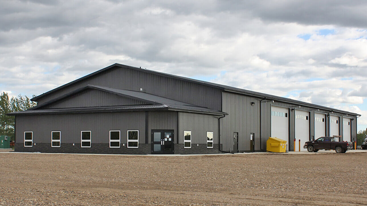 custom-building-commercial-building-lac-la-biche-turnkey