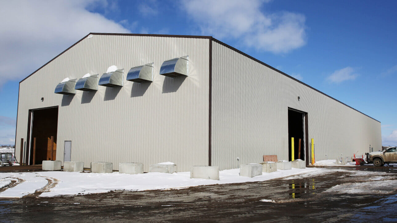 custom-building-commercial-building-sand-salt-shed-lac-la-biche-grey