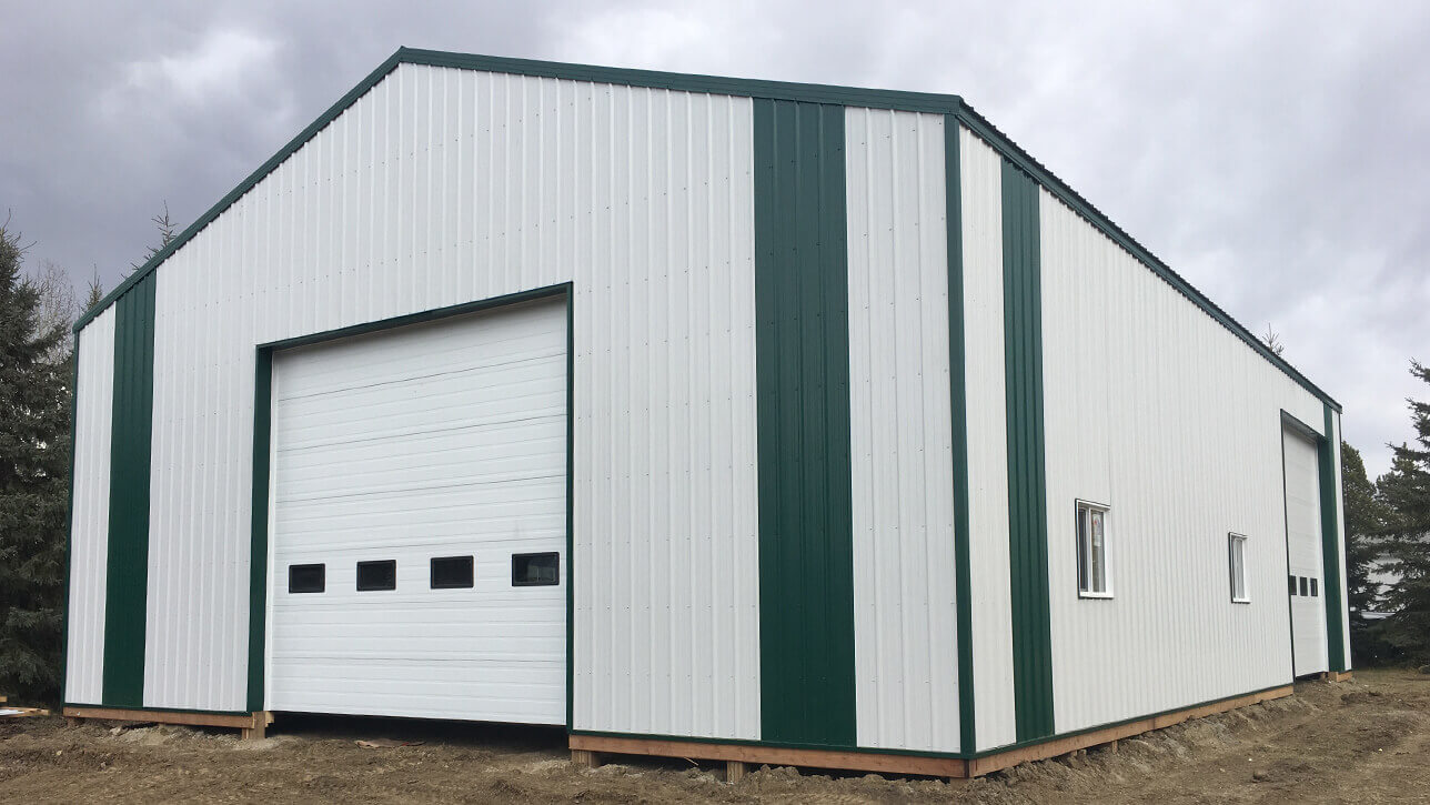 custom-building-machinery-storage-white-green-entwhistle-alberta
