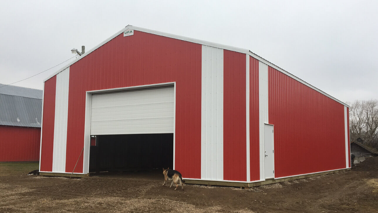 custom-building-machinery-storage-red-white-beauvallion-alberta