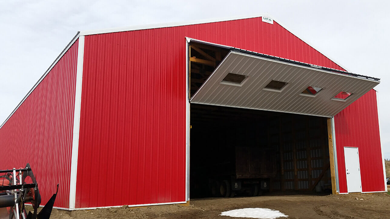 custom-building-machinery-storage-red-lousana