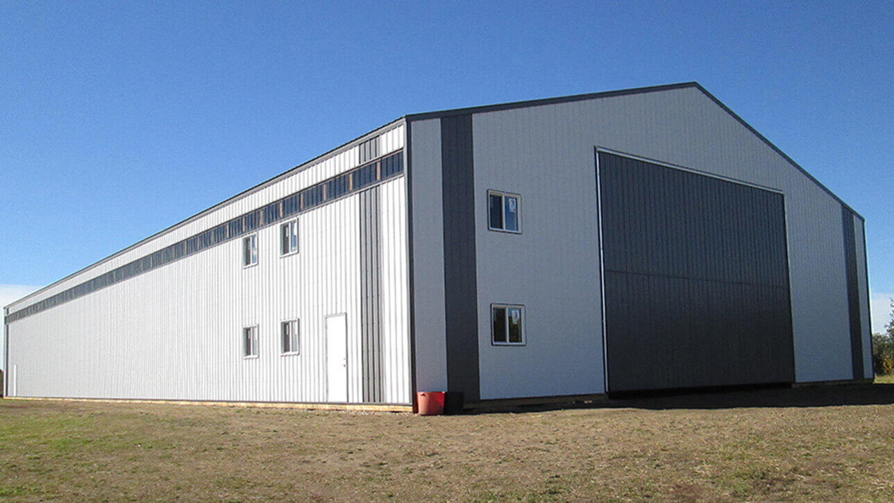 custom-building-machinery-shop-white-newbrook-alberta