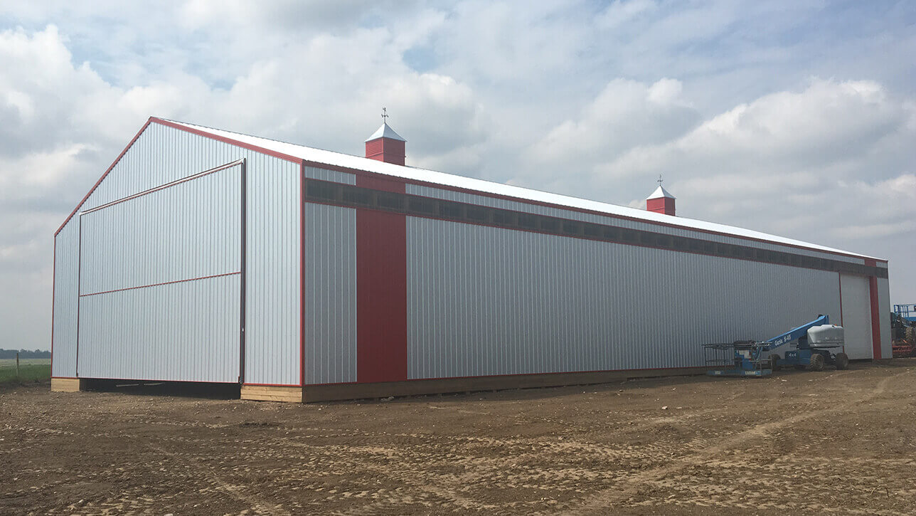custom-building-shop-grey-lac-la-biche
